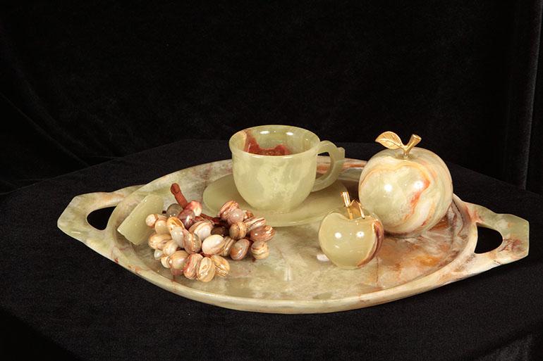 Сувениры из оникса