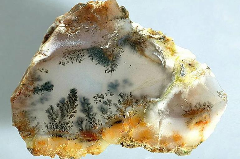 Пейзажный минерал